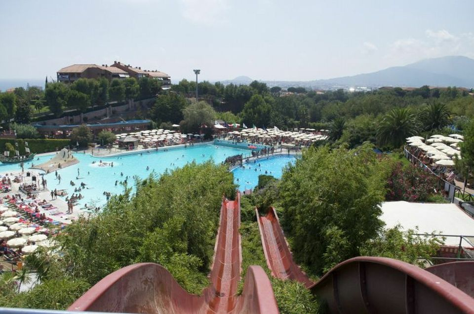 best water parks in Europe - Aquatic Park Le Caravelle, Ceriale, Italy